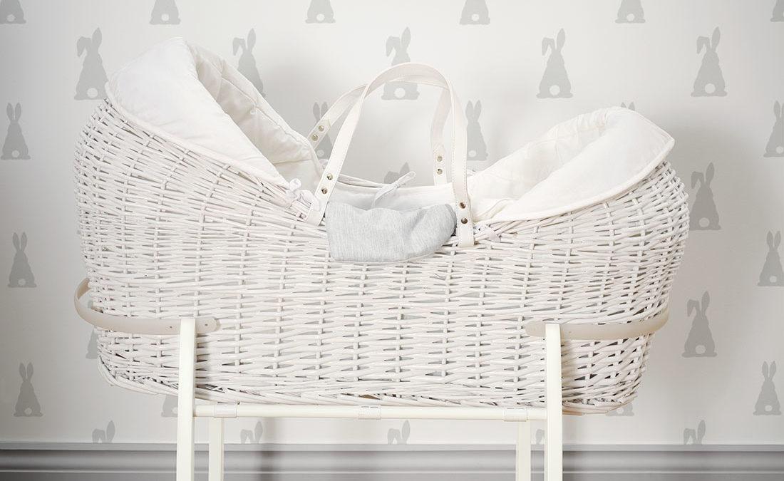 Ágy melletti alvás, babaágyak a szülői hálóban