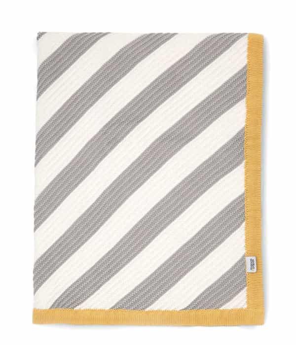 Kötött takaró – 70 x 90cm – Átlós